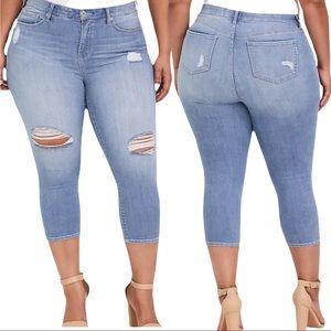 TORRID Sky High Crop Skinny Jean